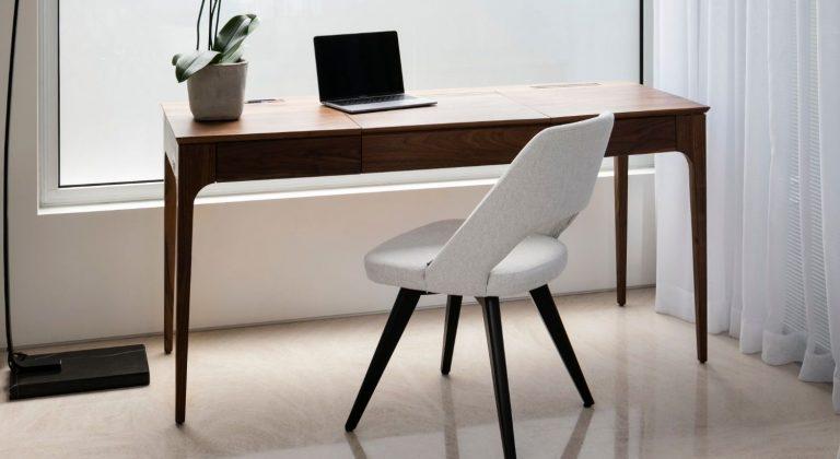 שולחן סלון מעוצב בעבודת יד ומעץ מלא