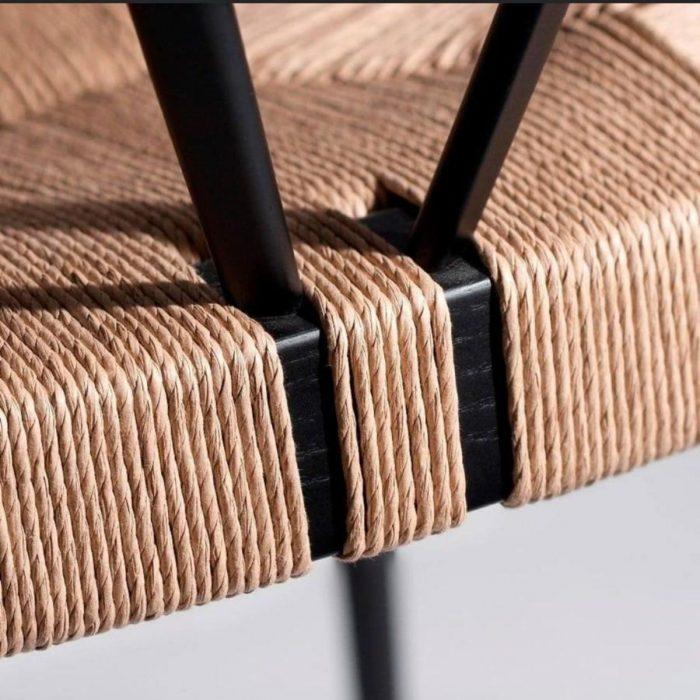 כסא יוקרתי מעוצב עם חבל קלוע
