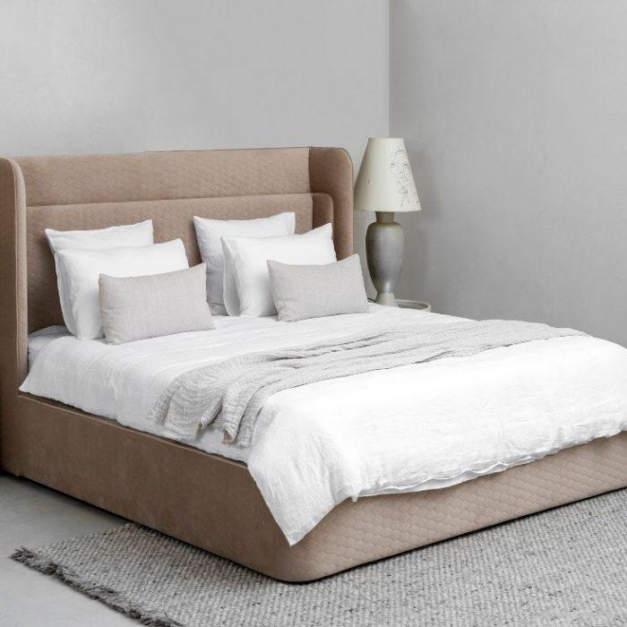 מיטה מעוצבת יוקרתית בכרמי ריהוט יוקרה